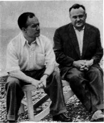"""С.П.Королев и Н.П.Каманин на отдыхе после полета космического корабля """"Восток"""". Сочи, май, 1961 г."""