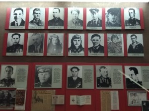 Рабочие завода «Пролетарий» — Герои Советского Союза.